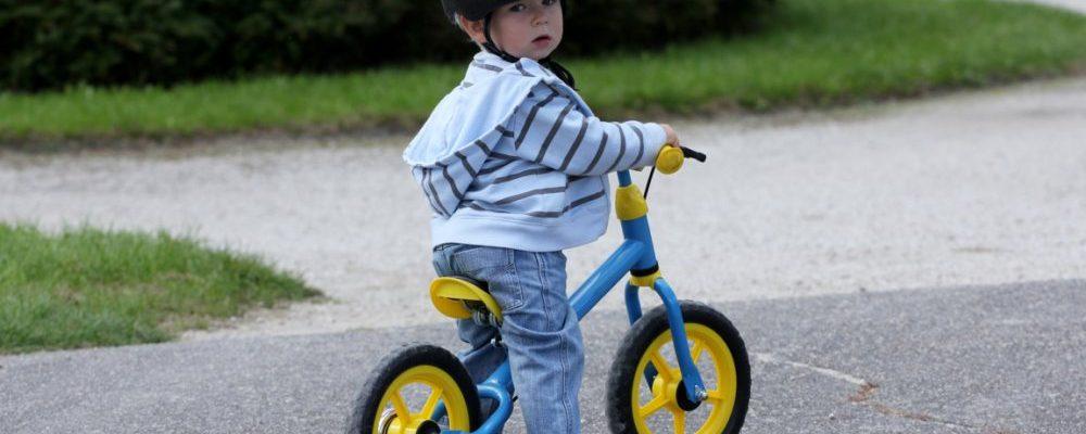Bicicletas para niños con ruedines o sin pedales